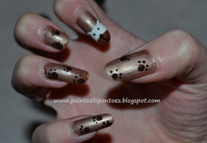 gold dog nail art